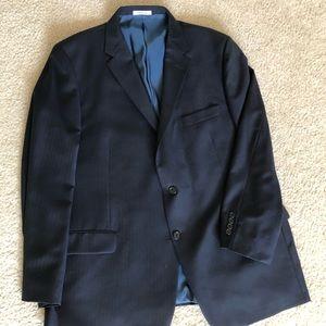 Men's Hickey Freeman Suit.